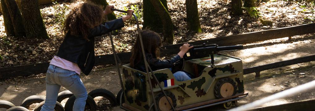Pouss auto parc insolite montpellier au pays des carrioles