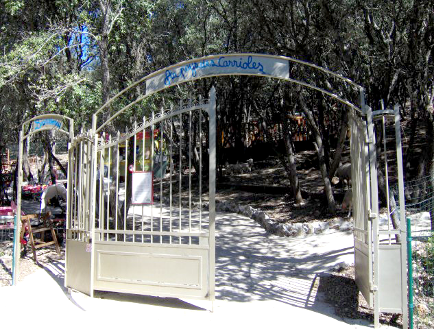 accueil parc de loisirs montpellier au pays des carrioles