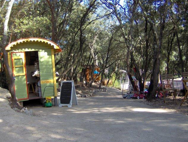 entrée parc loisir enfant montpelier au pays des carrioles
