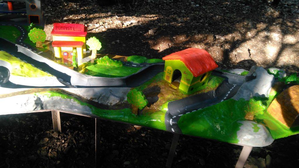 maquette jeu exterieur tourisme vert jeu plein air au pays des carrioles la boissiere