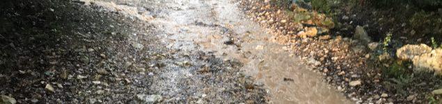 pluie_averse_orage_pistes-mouillées_parc-fermé